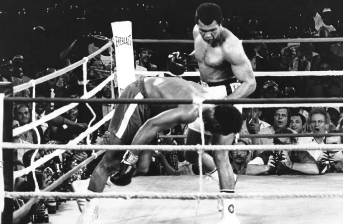 George Foreman x Muhammad Ali (Foto: Agência AP)