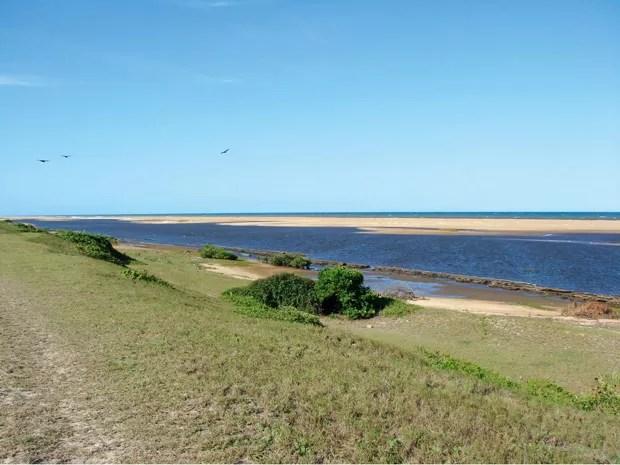 Praia de nudismo de Barra Seca, no Espírito Santo (Foto: Divulgação/Portal Brasil Naturista)