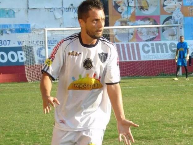 Volante do Atlético-ES, Gaúcho esteve com o time desde o início, em 2014 (Foto: Wildson Lesqueves/Atlético-ES)