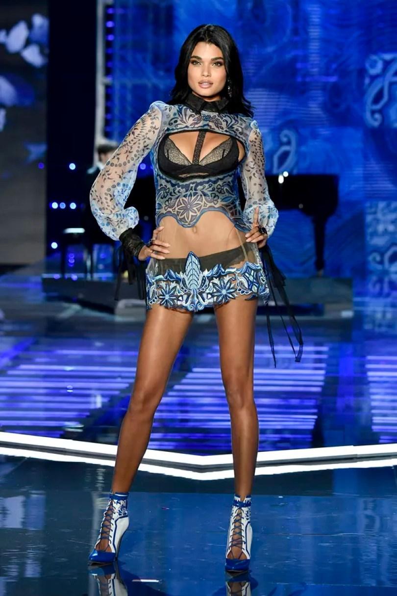 daniela braga  - 17 Modelos da Victoria's Secret que faltaram ao evento na China