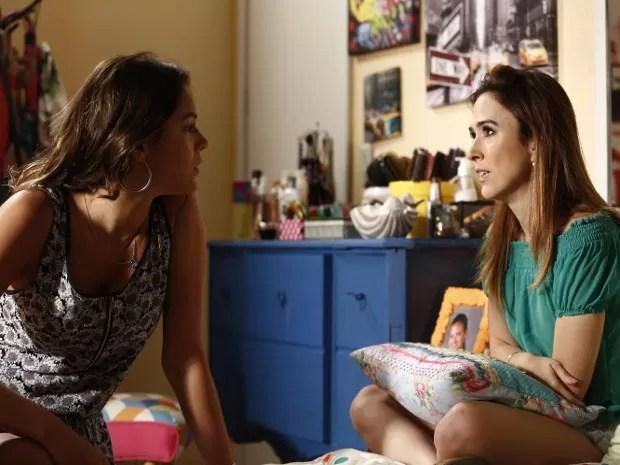 Mari diz a Danda que não quer vínculo com Tomás (Foto: Raphael Dias/Gshow)
