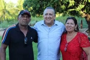 Galvão Bueno pais Daniel Alves (Foto: Sidney Garambone)