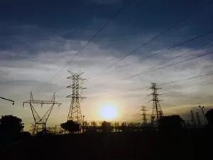 Torres de Transmissão de energia em São José dos Campos (Foto: Carlos Santos/ G1)