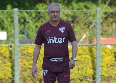 Dorival Júnior aposta no crescimento da equipe no Brasileiro (Foto: Ana Luiza Rosa/saopaulofc.net)