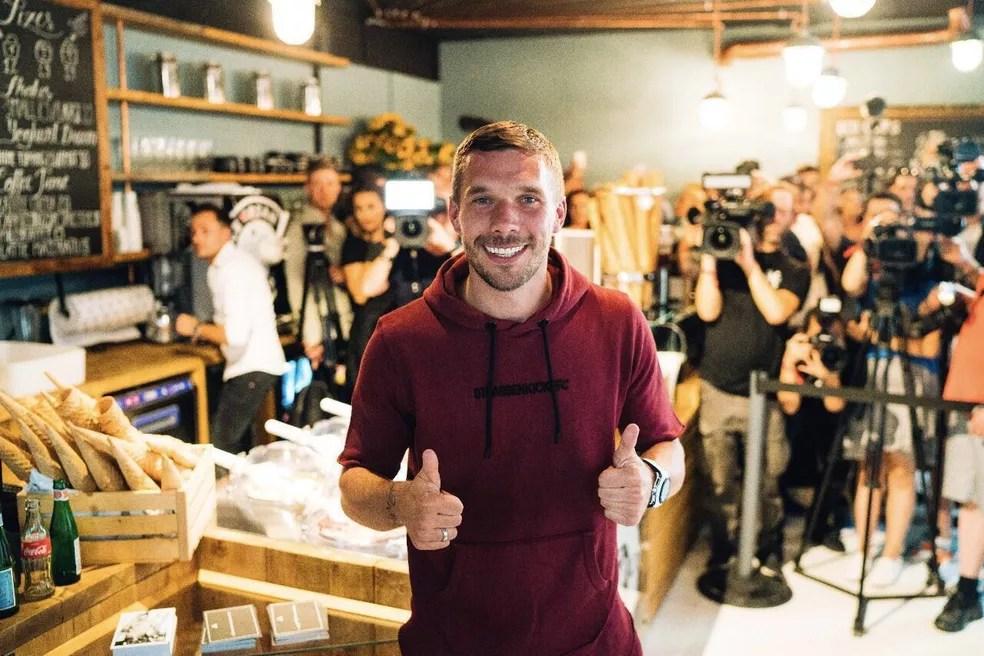 Podolski disse confiar na nova geração da Alemanha (Foto: Christian Gaier/Divulgação Podolski)