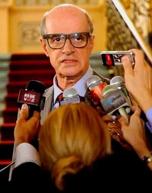 Marcos Caruso interpreta o governador da Bahia, doutor Juracy Bandeira (Foto: Estevam Avellar / TV Globo)