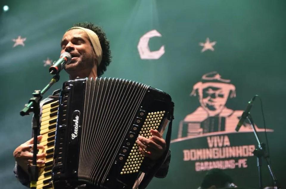 Cezzinha faz show em Pilões (Foto: Edson Fernandes/Secom)