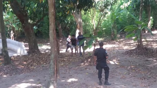 Policia prende suspeito de Loalwa Braz (Foto: Lucas Pasin/EGO)