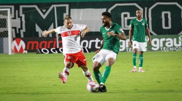 CRB recebe o Goiás na rodada 23 — Foto: Rosiron Rodrigues / Goiás E.C.