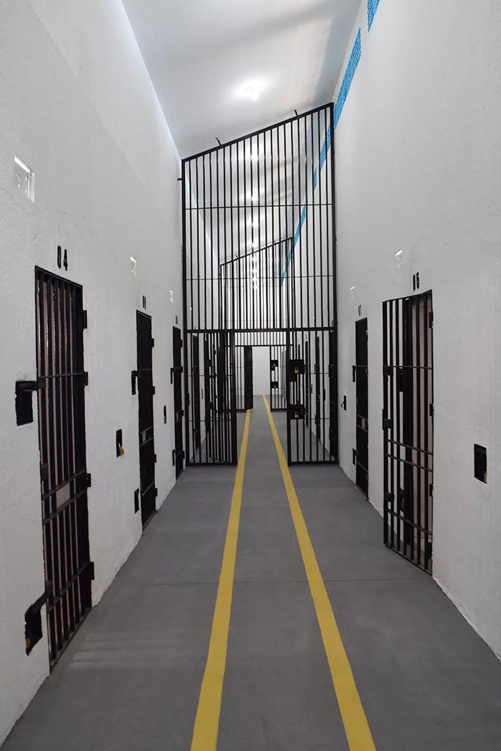 Penitenciária passa por obras de recuperação após rebelião que deixou a unidade destruída  (Foto: Bethise Cabral)