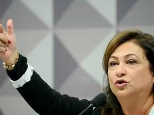 katiaabreu agsenado 8CRQVI2 - Nove ex-ministros de Dilma devem julgá-la no plenário do Senado; Confira nomes