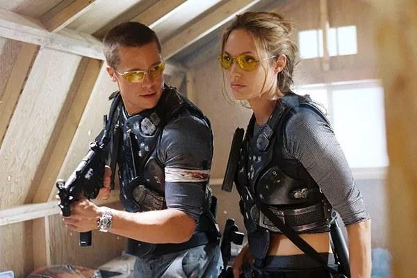 Brad Pitt and Angelina Jolie in a scene by Mr. and Mrs. Smith (2005) (Photo: Disclosure)