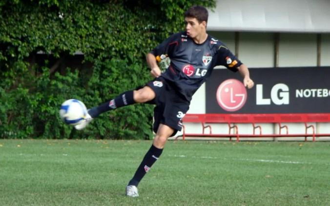 Oscar em treino do São Paulo — Foto: site oficial / saopaulofc.net