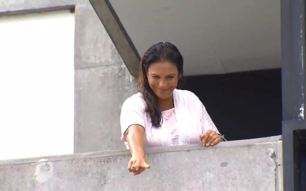 Cantora disse que receberá alta na próxima quarta (Foto: Reprodução/TV bahia)