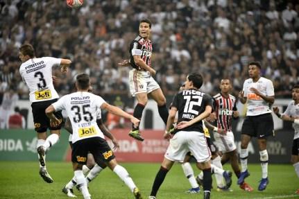 São Paulo nunca venceu o Corinthians na Arena — Foto: Marcos Riboli