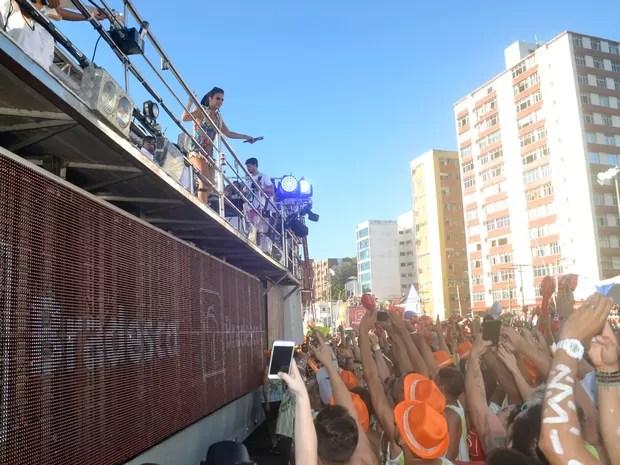 Ivete Sangalo no Farol da Barra, em Salvador (Foto: Diogo Macedo/Ag Haack)