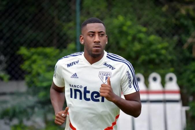 Gonzalo Carneiro não participou de final do Paulistão — Foto: Érico Leonan / saopaulofc.net