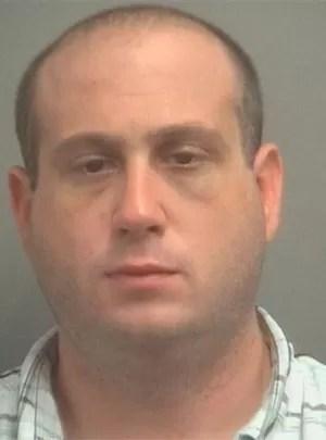 Dominick Andrew Giordano fugiu após tentar roubar caminhão e urinou nas calças pouco antes de ser preso (Foto: Divulgação/Palm Beach County Sheriff's Office)