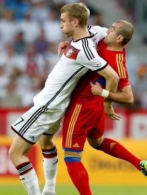 Per Mertesacker amistoso Alemanha x Armênia (Foto: AP)