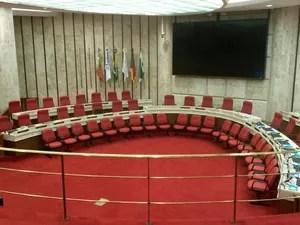 Corpo do ministro Teori Zavascki será velado em Porto Alegre (Foto: Guacira Merlin/RBS TV)