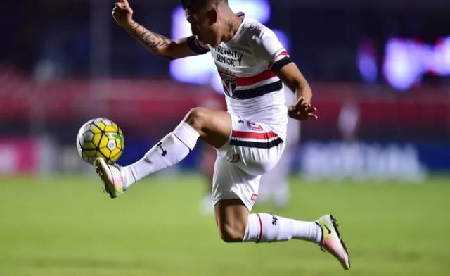 São Paulo x Atlético-PR Centurión (Foto: Marcos Ribolli)