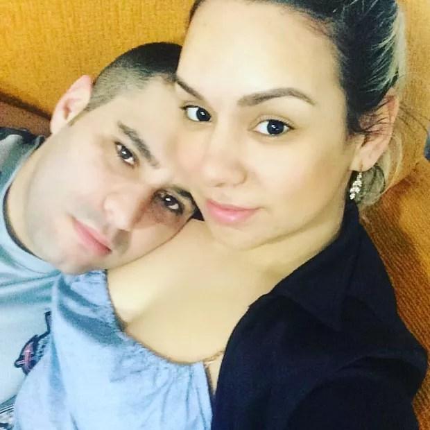 Tiago Costa e Juliana Costa (Foto: Reprodução / Facebook)