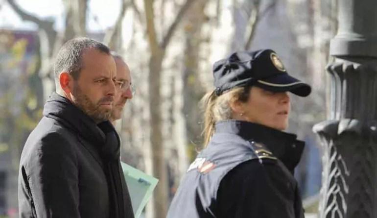 """Preso acusado de fraude, Sandro Rosell desabafa: """"Roubaram dois anos da minha vida""""   futebol espanhol   ge"""