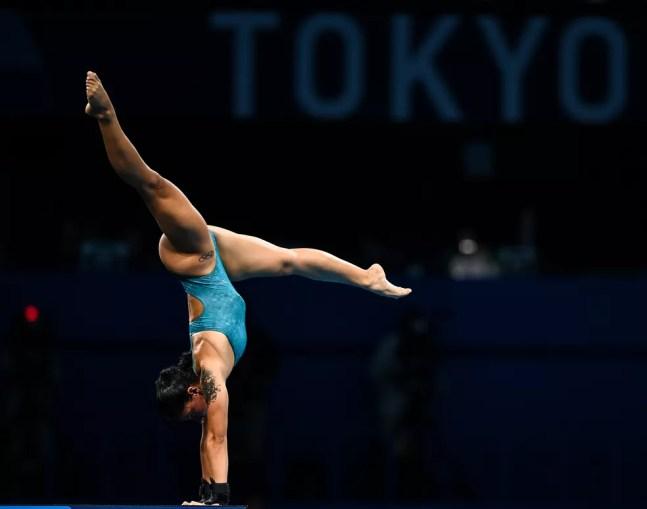 Ingrid Oliveira em apresentação nos saltos ornamentais — Foto: Ramsey Cardy/Sportsfile/Getty Images