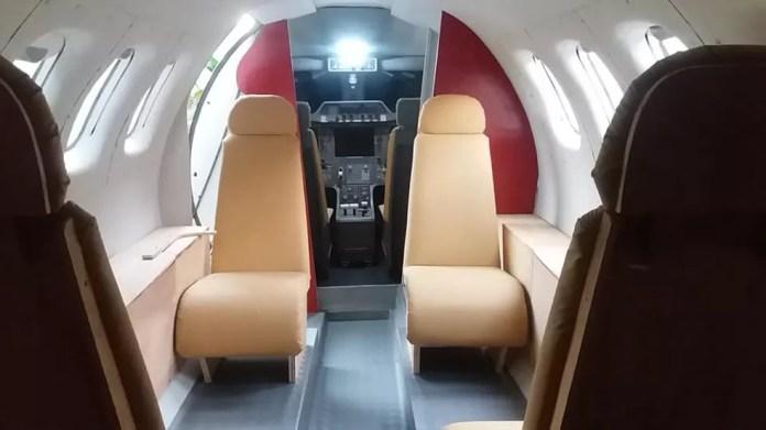 Dono de casa-avião termina simulador de voos durante a pandemia do novo coronavírus — Foto: Facebook/Reprodução