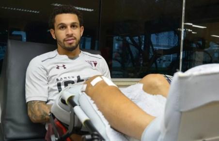 Wellington Nem se recupera de grave lesão no joelho direito (Foto: Érico Leonan / saopaulofc.net)