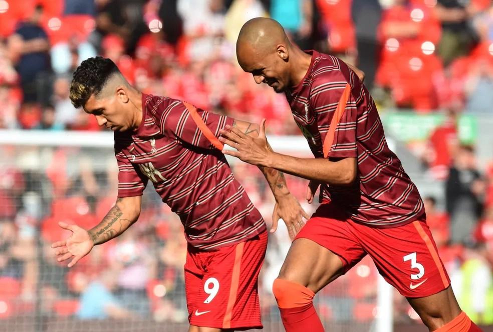Fabinho e Roberto Firmino não foram liberados pelo Liverpool, que será punido pela Fifa — Foto: REUTERS/Peter Powell