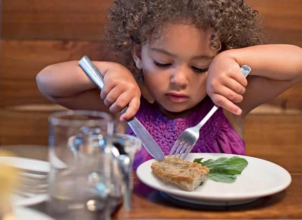 crianca_comendo (Foto: Getty Images)