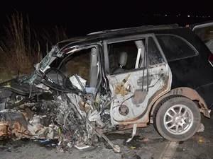 Acidente ocorreu na madrugada desta quinta-feira, no oeste da Bahia (Foto: Edivaldo Braga/ blogbraga)