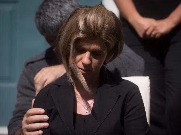 Tia se sente culpada porque mandou dinheiro para família pagar a viagem clandestina (Foto: Darryl Dyck/The Canadian Press via AP)