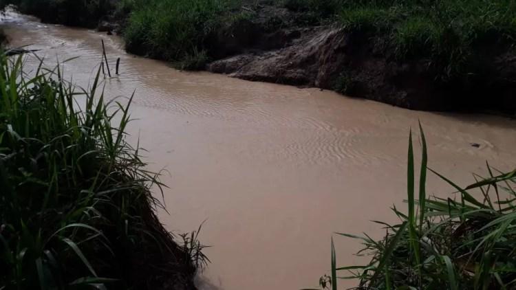 Polícia identificou extração ilegal de ouro em área de sítio — Foto: Polícia Civil-MT/ Divulgação