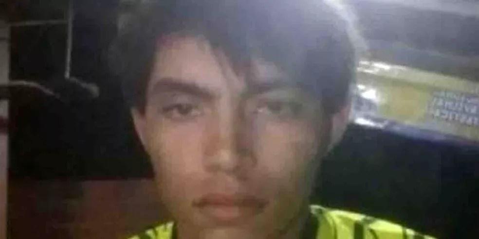 Hamilton Cesar Lima Bandeira, de 23 anos, foi morto por policiais por estar fazendo ameaças e apologia ao crime — Foto: Arquivo pessoal