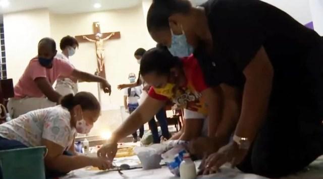 Igrejas mantêm tradição e montam tapetes no feriado de Corpus Christi na Bahia — Foto: Reprodução/TV Bahia