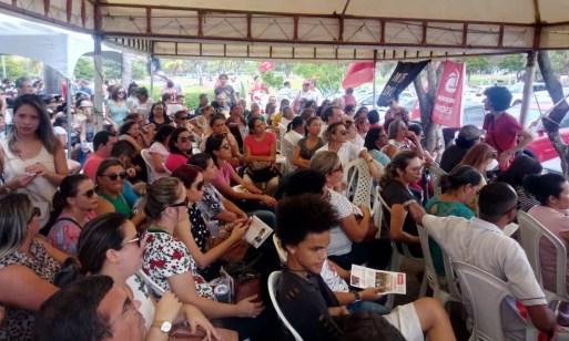 Servidores da Saúde do RN entram em greve — Foto: Fernanda Psoa