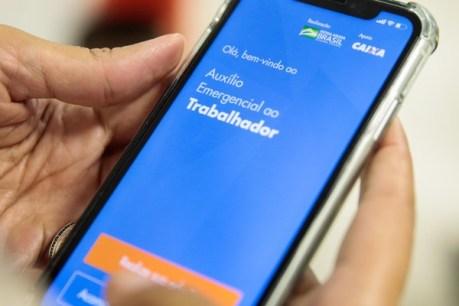 Auxílio emergencial: Governo divulga novo cronograma de pagamento do  benefício | Brasil | Valor Econômico