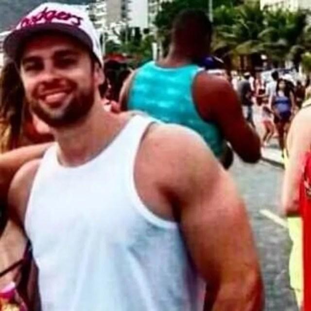 Bruno Gomes, uma das vítimas mortas no posto de gasolina  (Foto: Reprodução/Facebook)