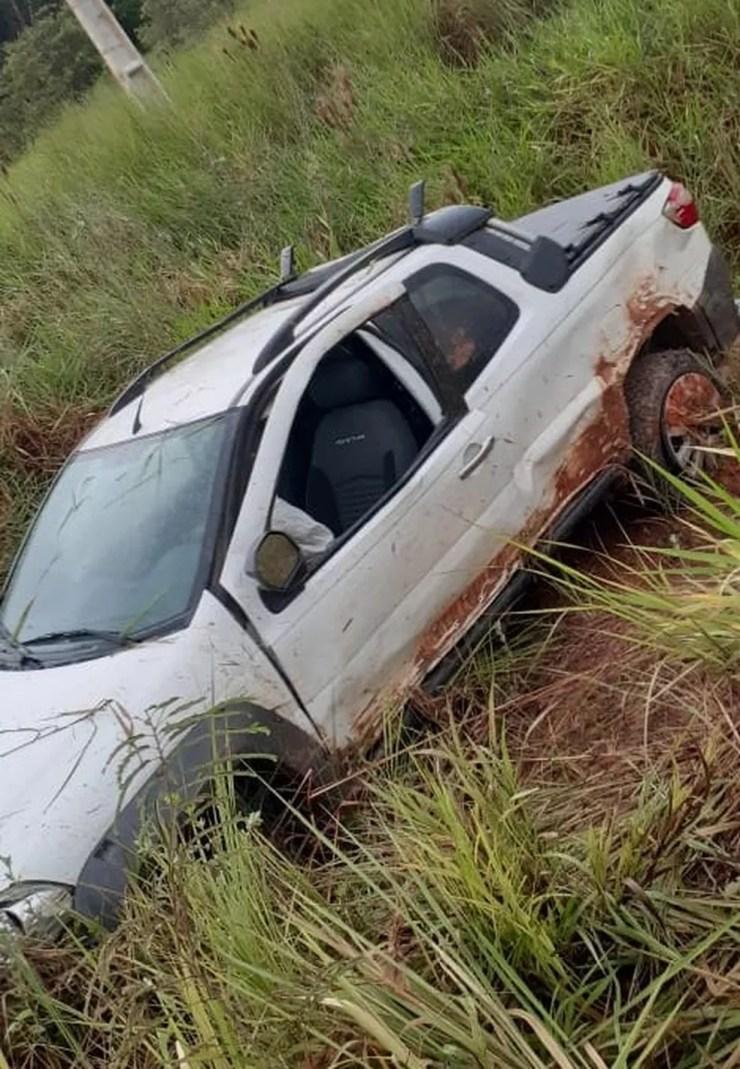 Jovem morreu ao capotar picape após tentar desviar de cachorro em rodovia de Mato Grosso — Foto: Divulgação