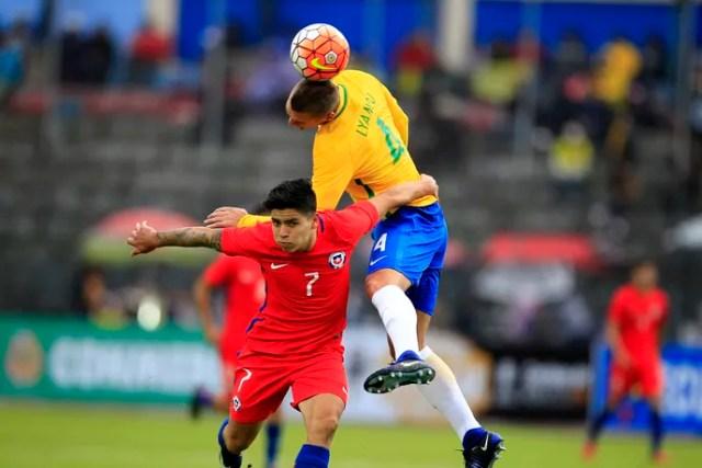 Seleção sub-20 Lyanco Víctor Dávila Brasil x Chile (Foto: EFE)
