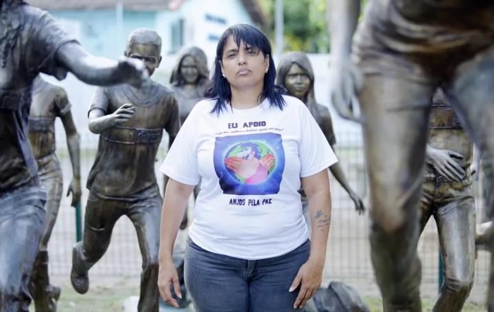 Adriana Silveira, mãe de Luísa Paula Silveira, morta no massacre de Realengo em 2011 — Foto: Marcos Serra Lima/G1