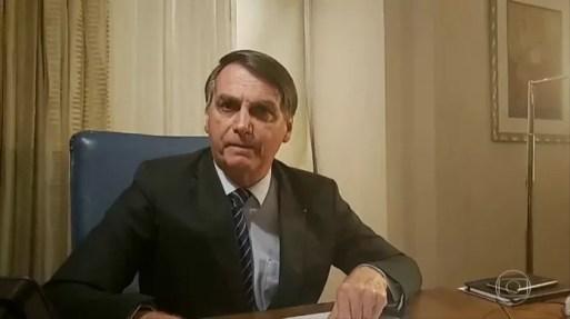 Bolsonaro ofende a TV Globo em transmissão nas redes sociais | Rio de  Janeiro | G1