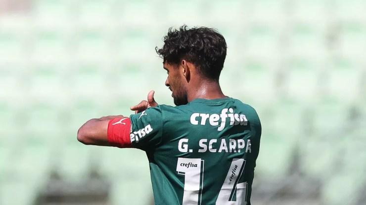 Gustavo Scarpa durante jogo-treino do Palmeiras, no Allianz Parque — Foto: Cesar Greco