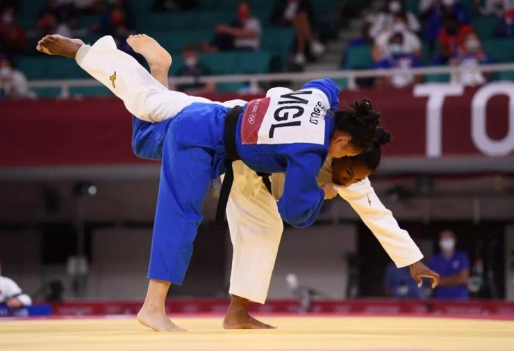 Ketleyn Quadros se garante nas quartas de final do judô — Foto: Reuters