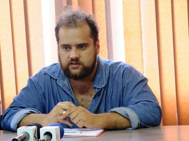 Caio Martinez Pacheco foi detido e obrigado a prestar depoimento (Foto: Luna Oliva/G1)