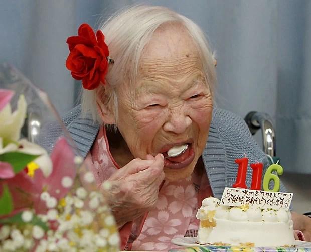 Misao Okawa, a mulher oficialmente mais velha do mundo, comemora seu aniversário de 116 anos nesta quarta-feira (5) em Osaka, no Japão (Foto: Jiji Press/AFP)