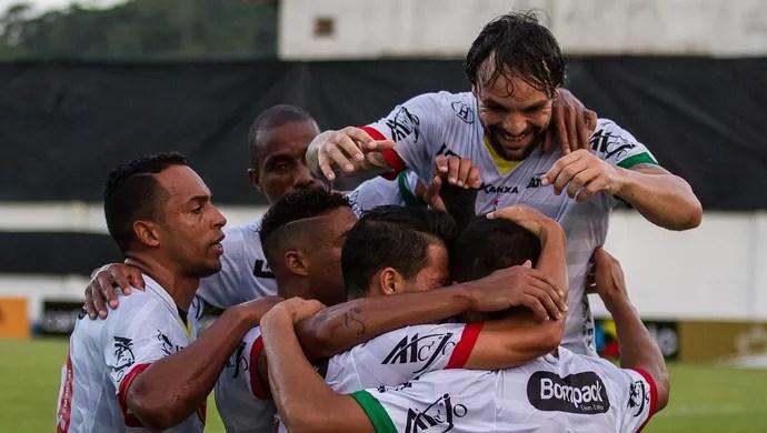 Brusque bate o Remo (Foto: GIL GUZZO/Eleven/ESTADÃO CONTEÚDO)