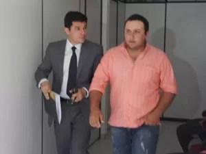 Jóbson não quis se declarar após prestar depoimento diante da juíza  (Foto: André Resende/G1)